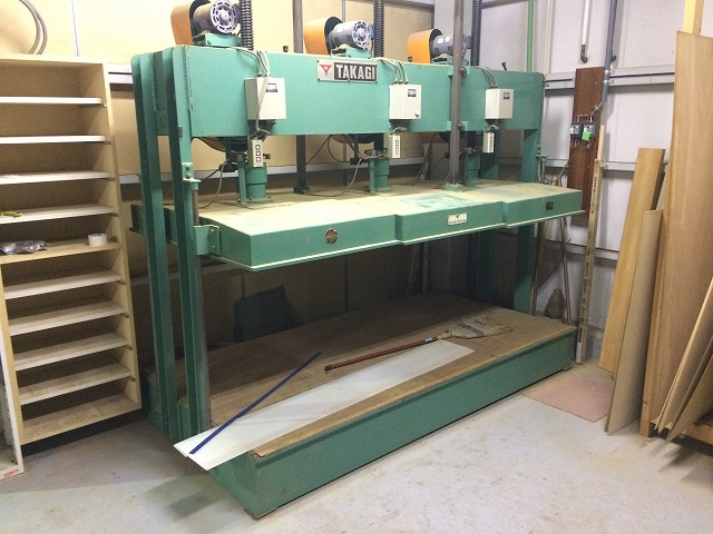 2233プレス高木金属4尺x8尺3分割